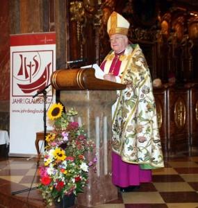 Nuntius Erzbischof Peter Stephan Zurbriggen